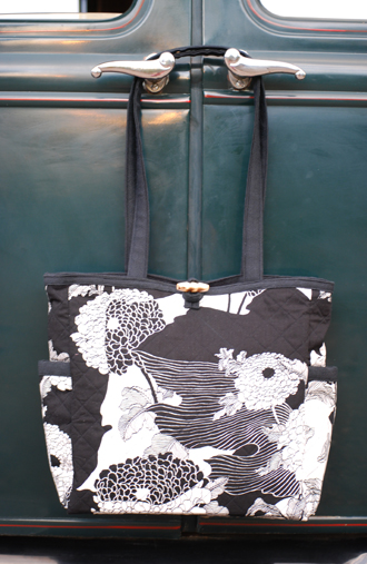 Sam Harvey, handbags, quilted, black blossom